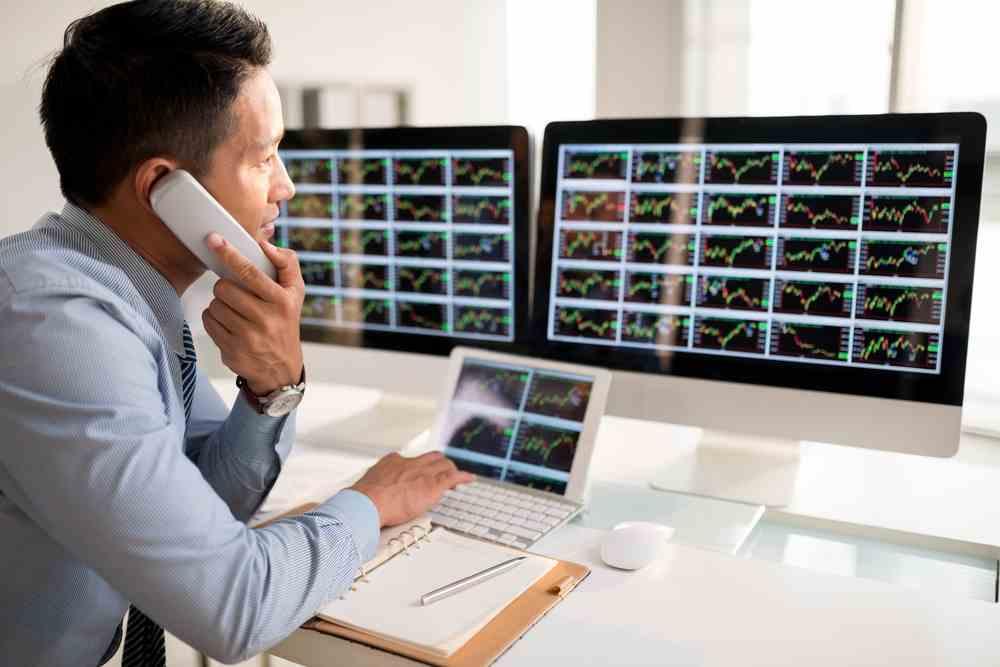 investors-waiting-on-fomc-minutes-alvexo