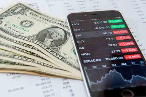 us-equities-lower