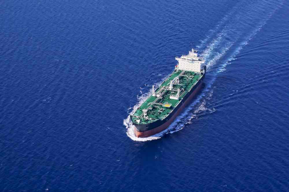 oil-tanker-in-the-sea